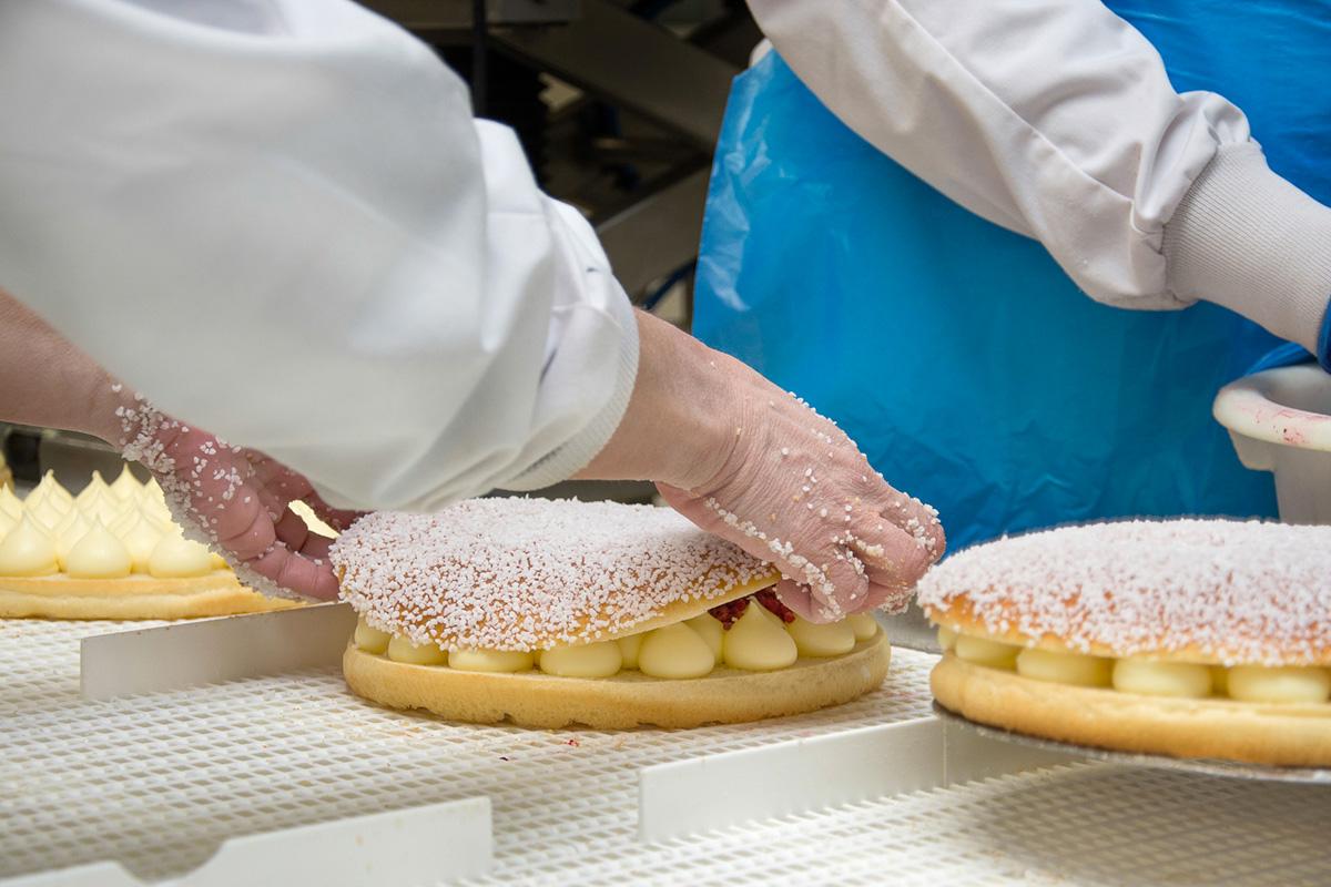 Découvrir la méthode de préparation manuelle du fabricant de pains et brioches congelés Briogel